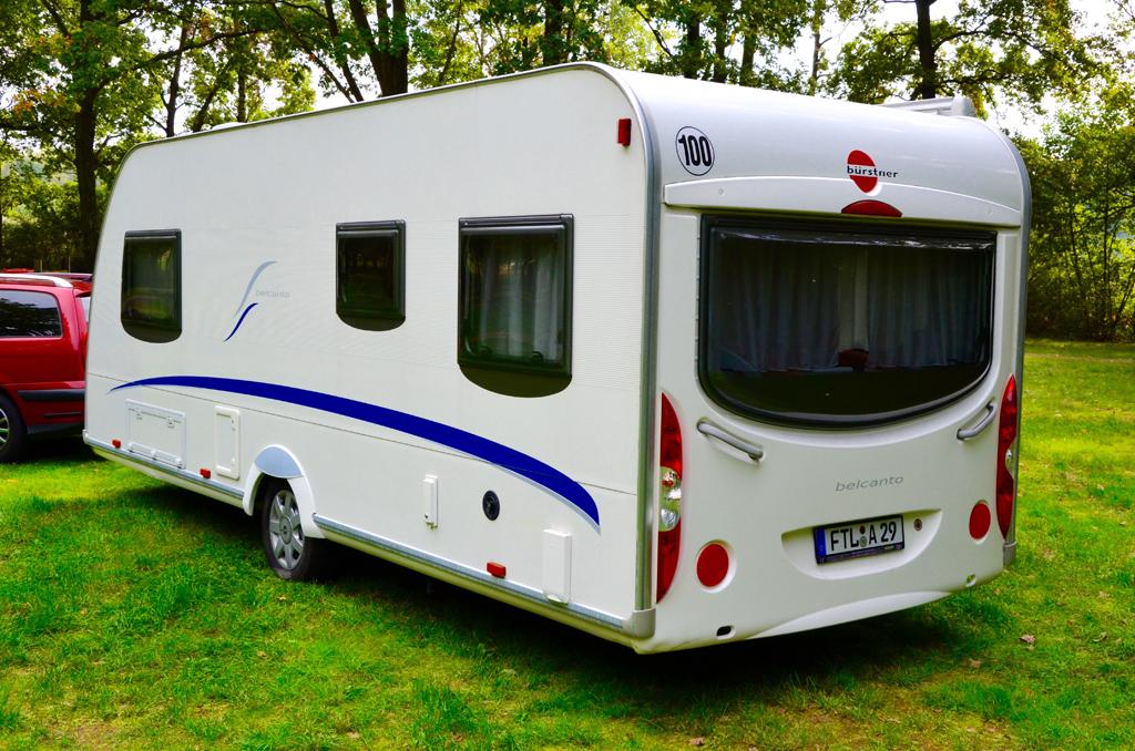 wohnwagen beleuchtung aussen fendt caravan wohnwagen von. Black Bedroom Furniture Sets. Home Design Ideas