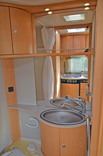 Dethleffs 510 TK - Nasszelle mit WC
